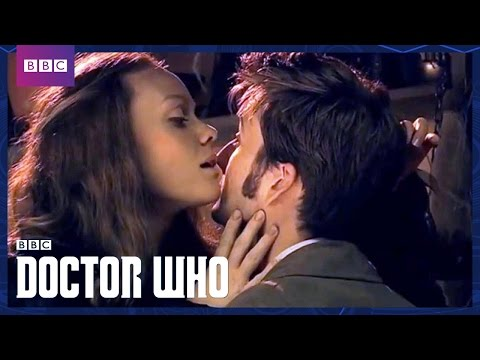 The Carrionites Attack | The Shakespeare Code | Doctor Who