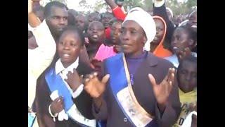 Download Lagu Brother Samuel leads worship at Eldoret Sports Ground Mp3
