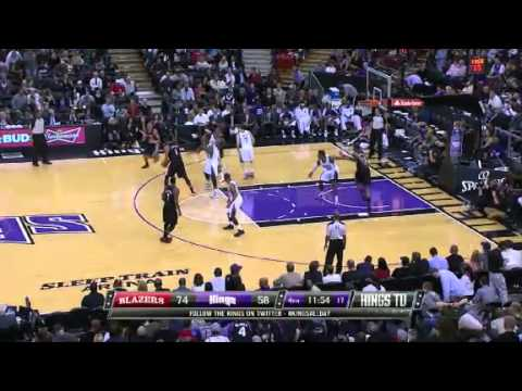 Nicolas Batum throws it down on the Kings