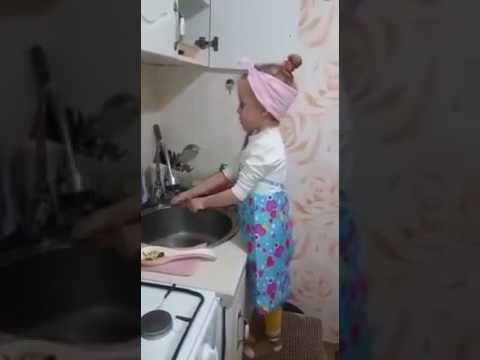 У девочки сдали нервы (видео)