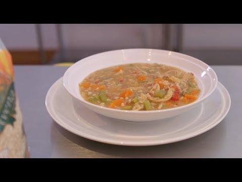 Video - Receta fácil de sopa de avena y pollo de la abuela