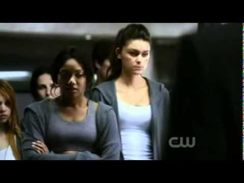 Nikita 1x04 - Rough Trade - Alex's panic attack #1