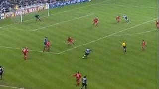 Alan Shearers Flugkopfball gegen Bayer Leverkusen