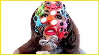 I did a full face of fidget spinners because I am youtube.Follow all my thingsTwitter - http://www.twitter.com/mirandasingsFacebook - https://www.facebook.com/mirandasingsofficialyoutube - http://www.youtube.com/mirandasings08Instagram - http://instagram.com/mirandasingsofficialVine - https://vine.co/u/9354589209175490564 tickets to my show. gO to my website: MirandaSings.comget my book - http://www.mirandasings.comget my merchandizze - http://mirandasings.spreadshirt.com/