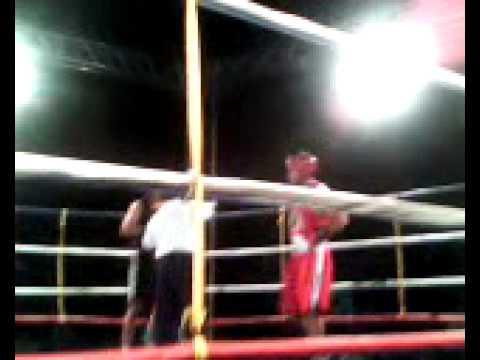 Guilherme Rech ( Klim Team - Caxias) x Vicente Piaui (Escola de Boxe-Poa)