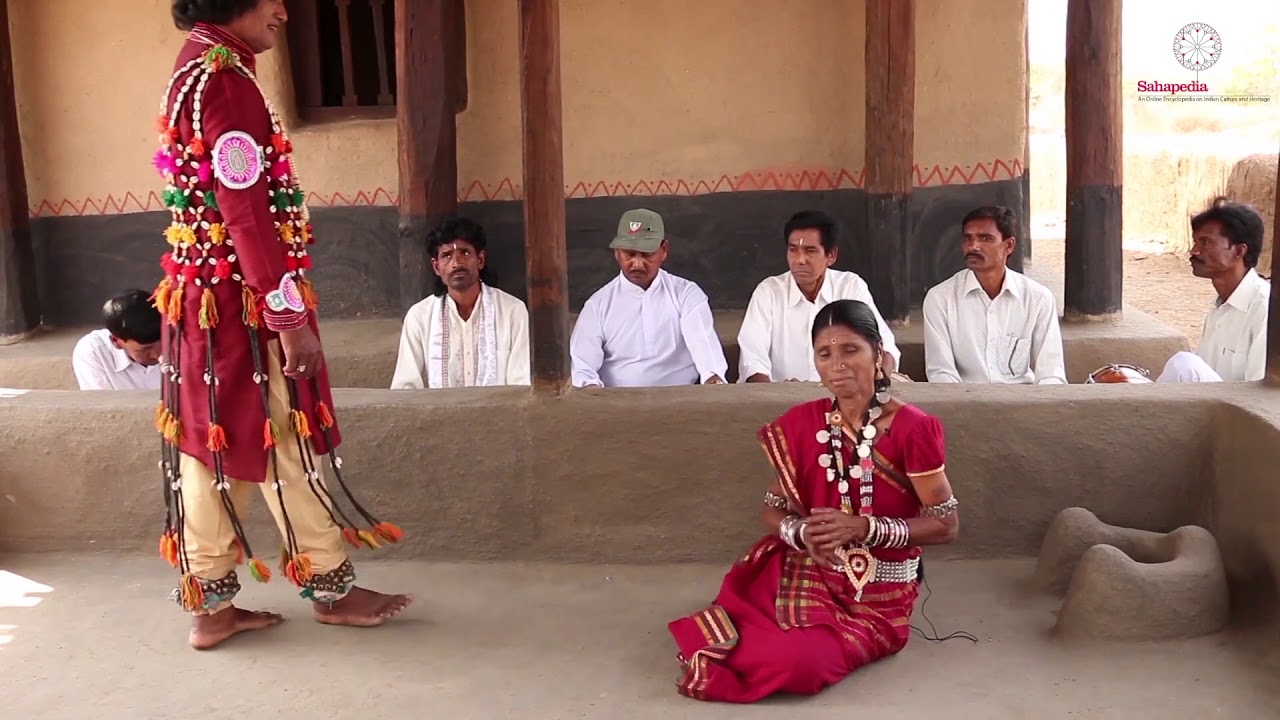 Gopichanda performed by Dani Ram Banjare and Janaki Bai Banjare