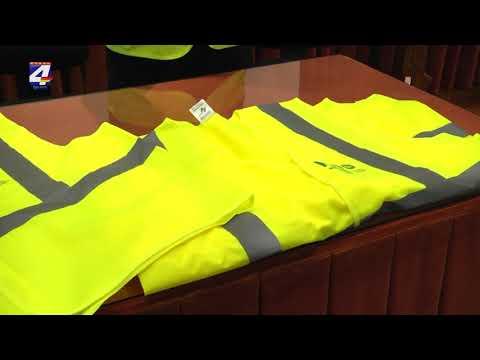 Intendencia hizo entrega de chalecos reflectivos a funcionarios de Comepa