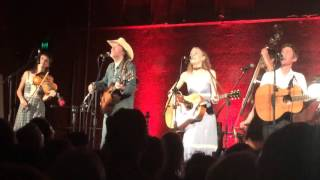 Bangalow Australia  city photos : Dave Rawlings Machine feat. Gillian Welch and Willie Watson - The Weight