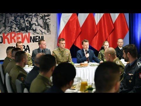 Wielkanocne spotkanie szefa MON z żołnierzami