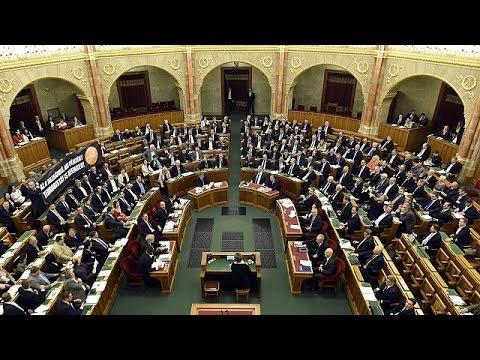 Ουγγαρία: H Βουλή απέρριψε την απαγόρευση εγκατάστασης μεταναστών –