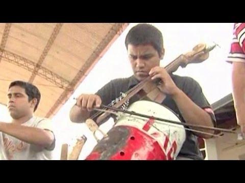 Landfill Harmonic – Newscast