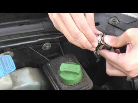 How To Install Headlight Bulbs in Volkswagen Passat B5.5 (01-04)
