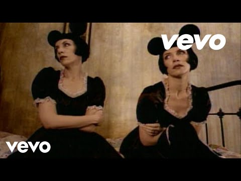 Video Annie Lennox - Waiting In Vain (Official Video) download in MP3, 3GP, MP4, WEBM, AVI, FLV January 2017