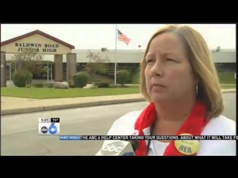 Strike - REYNOLDSBURG (Lu Ann Stoia) -- The Reynoldsburg Education Association has turned in a notice to strike in 10 days to the State Employment Relations Board. The teachers union and the school...