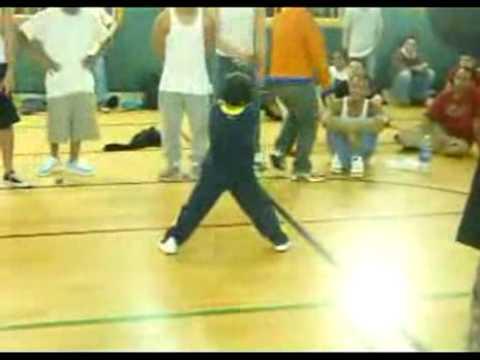 Break Dance Niño de 6 años muy bueno