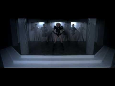 Tekst piosenki Lady Gaga - Dance In The Dark po polsku