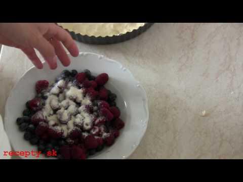 Borůvkový koláč s drobenkou - recept na kynutý borůvkový koláč