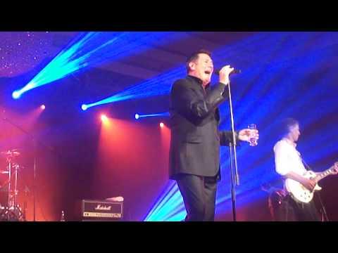 TONY HADLEY EN CHILE/THROUGH THE BARRICADES-LIFELINE/CASINO MONTICELLO
