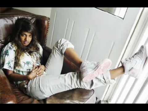 Video M.I.A feat Jay Z - XXXO - Official Remix 2010 download in MP3, 3GP, MP4, WEBM, AVI, FLV January 2017