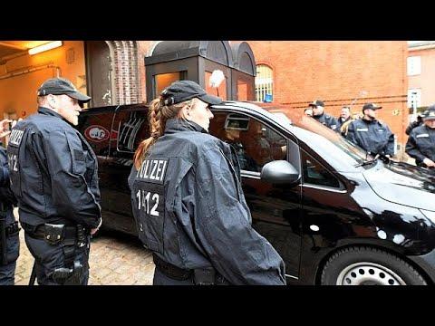 Γερμανία: Την παράταση της κράτησης του Κ. Πουτζντεμόντ διέταξε το δικαστήριο…