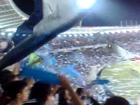 Talleres - San Jorge (Recibimiento a la salida del equipo - 60 000 personas - Kempes lleno) - La Fiel - Talleres - Argentina - América del Sur