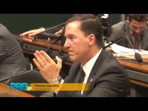 Deputado Vinicius Carvalho sai em defesa dos usuários de telefonia