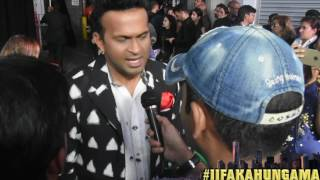 At the green carpet of IIFA New York, Bollywood Hungama spoke to Siddhath Kannan. And he claimed that he is eagerly waiting for Salman's performance and that he always underplays himself. He also confessed that he is a big fan of Bollywood Hungama. Must Watch!Report: Faridoon ShahryarVideo Courtesy: Farrukh JilaniWatch more Exclusive Celebrity Interviews right here http://www.bollywoodhungama.com/Like BollywoodHungama on Facebook:https://www.facebook.com/bollywoodhungamacomFollow BollywoodHungama on Twitter:https://twitter.com/BollyhungamaCircle BollywoodHungama on G+:http://bit.ly/1uV6Qba