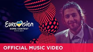 Video Salvador Sobral - Amar Pelos Dois (Portugal) Eurovision 2017 - Official Music Video MP3, 3GP, MP4, WEBM, AVI, FLV Juni 2018