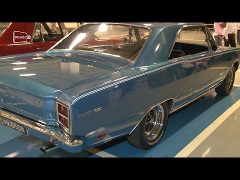 Dodge é o queridinho de colecionadores em encontro de carros; veja vídeo