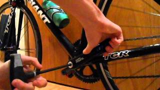 Installation of a Stages Power Meter on a Sram Rival Crank Arm. More information at...