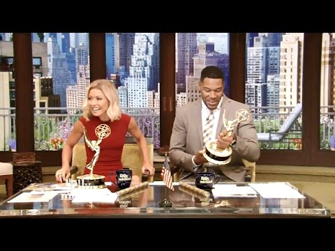 Well..this is awkward....Kelly & Michael Win an Emmy