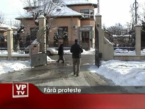 Fara proteste