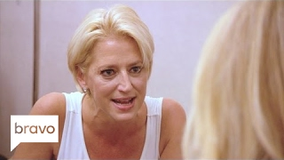 Video RHONY: Ramona Singer Drops a Bombshell (Season 8, Episode 2) | Bravo MP3, 3GP, MP4, WEBM, AVI, FLV Desember 2018