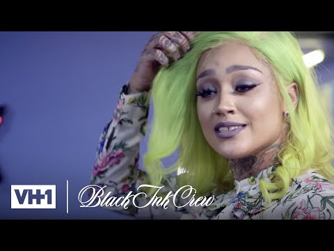 Donna Gets Smacked by the New Manager | Black Ink Crew