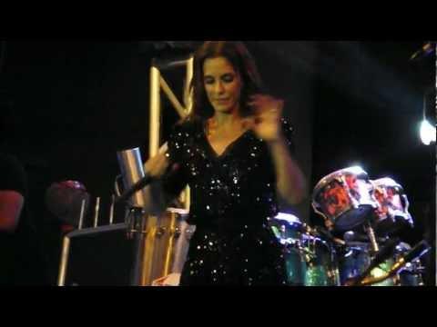 Ivete canta abertura de Gabriela em Ipojuca