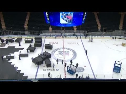 At - Watch Madison Square Garden's transformation from being a basketball arena to hockey arena in one beautiful time-lapse shot.
