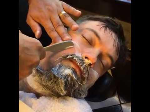 「把滿臉鬍子全部刮掉」的影片已經療癒萬人心,每一個步驟都讓人看到欲罷不能啊!