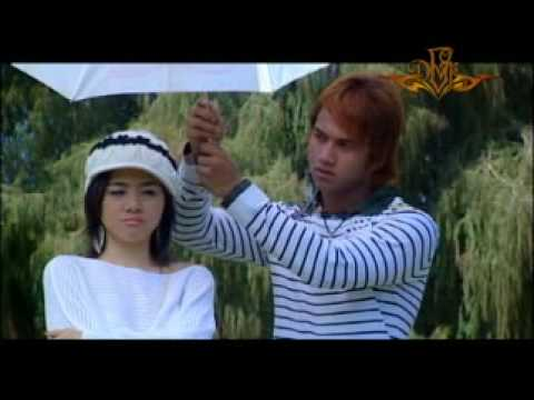Myanmar Movie Song- Sai Sai Khan Hliang and Wut Hmone Shwe Yee