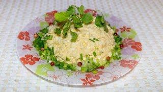 Репка на грядке, простой и очень вкусный салат с желтой репой, яйцом и сыром