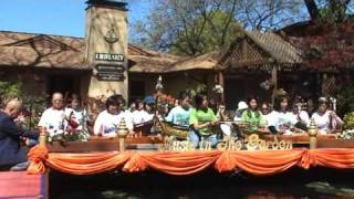 Thai Music In The Garden , Talung Nakorn Srithammaraj Song By Wat Buddha Dallas Students, Texas .