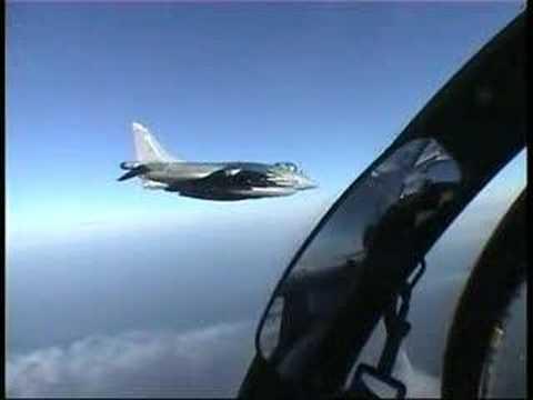 Inglaterra pensiona el famoso jet Harrier, que desbarato a Argentina en las Malvinas.