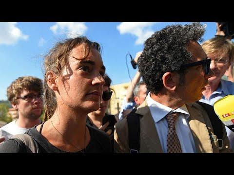 Ιταλία: Ενώπιον του δικαστηρίου η πλοίαρχος Καρόλα Ρακέτε…