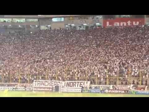 La mejor hinchada del Peru // YDaleU - Trinchera Norte - Universitario de Deportes