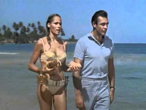 Dr. No (fr), by Terence Young (1962) - Under The Mango Tree, by Ursula Andress