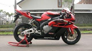 4. Honda CBR 1000RR 2005