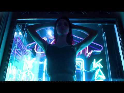 Зомб - Она горит на танцполе (2018) - DomaVideo.Ru