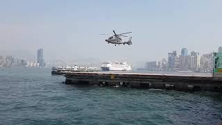 Migawka aparatu idealnie zsynchronizowana z wirnikiem helikoptera