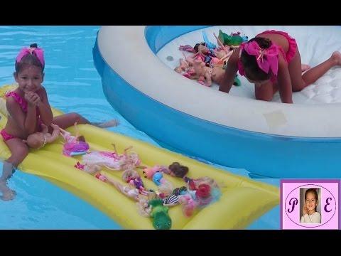 Video Havuzda prensesler ve bebekler , deniz yatağı ile oynuyorlar küçük havu ile yüzüyorlar ::)) download in MP3, 3GP, MP4, WEBM, AVI, FLV January 2017