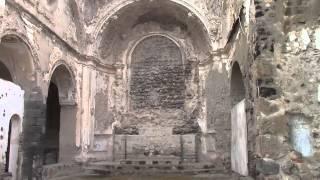 Ad Ischia Ponte c'e' il bellissimo castello aragonese. All'interno e' allestita una mostra di strumenti di tortura.