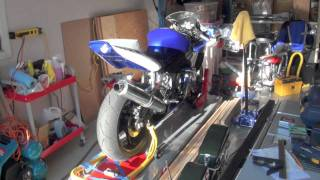 1. 2005 Yamaha YZF - R6 - Walk around in Track spec.